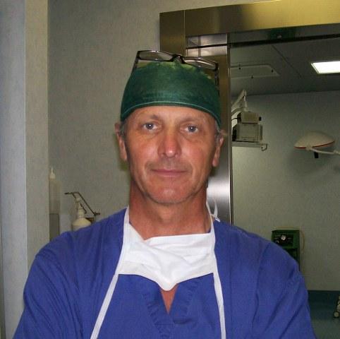 Dott. Alberto M. Zampori, specialista in chirurgia plastica ricostruttiva ed estetica